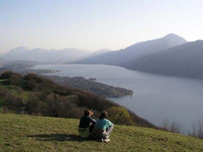 Vue sur le Lac depuis les hameaux